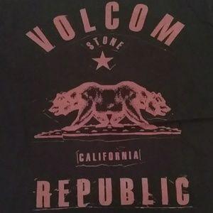Volcom Shirts & Tops - Volcom boys Sz XL black graphic t shirt